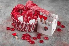 Cuori per il giorno del ` s del biglietto di S. Valentino Fotografie Stock Libere da Diritti