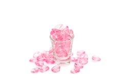 cuori rosa di vetro su fondo bianco fotografia stock libera da diritti
