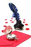 Cuori rossi con a penna ed inchiostro e l'orologio Fotografia Stock Libera da Diritti