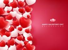 Cuori rossi e bianchi molli e regolari dei biglietti di S. Valentino su Backgrou rosa Immagini Stock