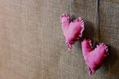Cuori su un fondo di legno Fotografia Stock Libera da Diritti