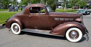 Cupé 1937 del asunto de Packard 120 Imagenes de archivo