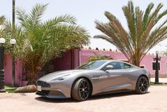 Cupé de Aston Martin Vanquish en al sur de Lima Imagenes de archivo