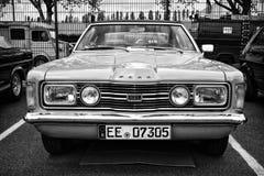 Cupé de Ford Taunus TC GXL del coche (blanco y negro) Imagenes de archivo