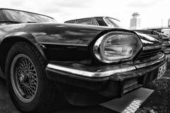 Cupé de Jaguar XJS del coche (blanco y negro) Imagen de archivo libre de regalías