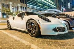 Cupê de Alfa Romeo 4C em Abu Dhabi Imagem de Stock