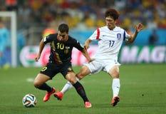 Cupê du monde 2014 de Chung-Yong de Eden Hazard e do Lee Foto de Stock Royalty Free