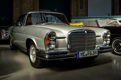 Cupê luxuoso sem redução W112 do SE de Mercedes-Benz 300 do carro Imagens de Stock
