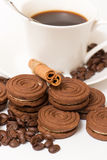 A cup of black coffee and chocolate biscuits Royalty Free Stock Photos