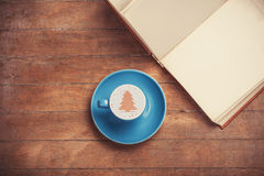 Cup and book Royalty Free Stock Photography