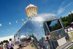 Cup cake Airstream trailer stand, SoCo, Austin, TX Royalty Free Stock Image