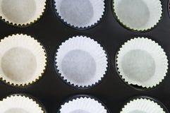 Cup-cakes di Prepering Fotografia Stock