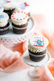 Cup cakes with love symbols Royalty Free Stock Images