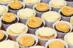 Cup cakes on table Royalty Free Stock Photography