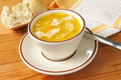 Cup of chicken noodle soup Royalty Free Stock Photography