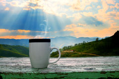 Cup of cofe and mountains Royalty Free Stock Photography