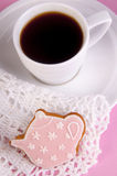 Cup of coffee and bisquit Royalty Free Stock Images