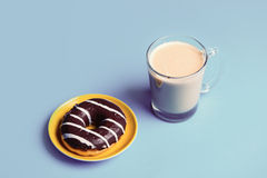 Cup of coffee and donut Royalty Free Stock Images