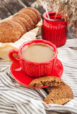 Cup of coffee and homemade cookies Royalty Free Stock Photography