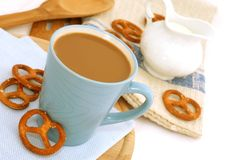 Cup of coffee with milk and cookies Royalty Free Stock Photos