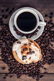 Cup of coffee and sweets Royalty Free Stock Photos