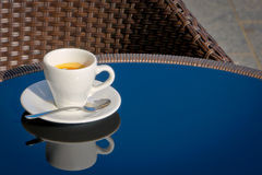 A cup of coffee on the table Royalty Free Stock Photos