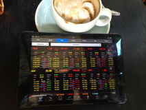 cup of coffee and tablet Royalty Free Stock Photos