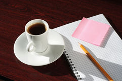 Cup coffee a wooden table Royalty Free Stock Photos