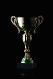 cup Goldener Cup des Siegers auf schwarzem Hintergrund Stockbild