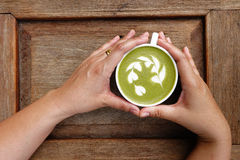 A cup of green tea matcha latte Royalty Free Stock Photography