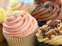 Cup-Kuchen lizenzfreie stockbilder