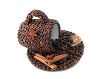 The cup made of coffee beans Royalty Free Stock Photos
