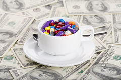 Free Cup Of Pills And Tablets Royalty Free Stock Photography - 34369347