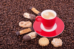 Cup and saucer with cookies Royalty Free Stock Photos