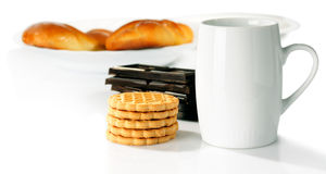 Cup and sweet food Royalty Free Stock Photo