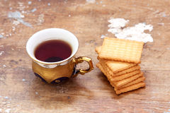 Cup of tea with biscuit Royalty Free Stock Photo