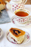 Cup of tea and bun Royalty Free Stock Photography