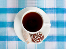 Cup of tea and delicious cookies Royalty Free Stock Photos
