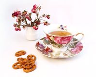 Cup of tea and some cookies Royalty Free Stock Photos