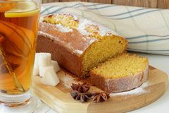 Cup of tea and Sponge cake made ​​with cornmeal Royalty Free Stock Photography