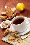 Cup of tea and sweet cookies Royalty Free Stock Photography