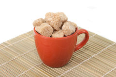 Cup und brauner Zucker Stockfoto