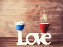 Cupcake, καφές και αγάπη λέξης Στοκ Εικόνες