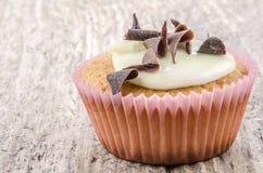 Cupcake με την ανοικτό πράσινο τήξη Στοκ φωτογραφίες με δικαίωμα ελεύθερης χρήσης