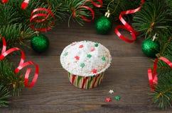 Cupcake με τη διακόσμηση αστεριών Στοκ εικόνα με δικαίωμα ελεύθερης χρήσης
