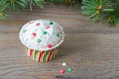 Cupcake με τη διακόσμηση αστεριών Στοκ Φωτογραφία