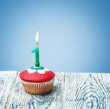 Cupcake με τον αριθμό ένας Στοκ εικόνα με δικαίωμα ελεύθερης χρήσης