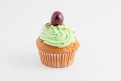 Cupcake που απομονώνεται στο ουδέτερο υπόβαθρο Στοκ Εικόνες