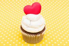 Cupcake της αγάπης Στοκ φωτογραφία με δικαίωμα ελεύθερης χρήσης