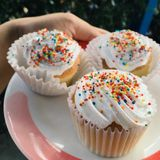Cupcake. Freshcream have rainbows on the top Royalty Free Stock Images